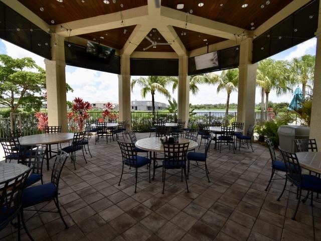LaMorada Clubhouse Restaurant Outdoor Seating