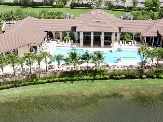 LaMorada Clubhouse Pool and Spa