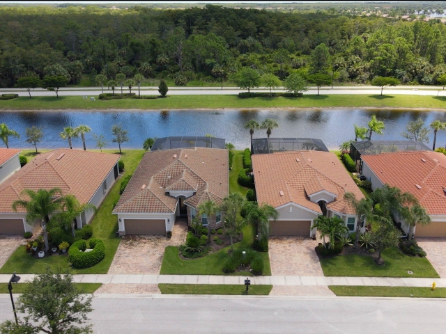 The Quarry Community - Water and Preserve View Homes