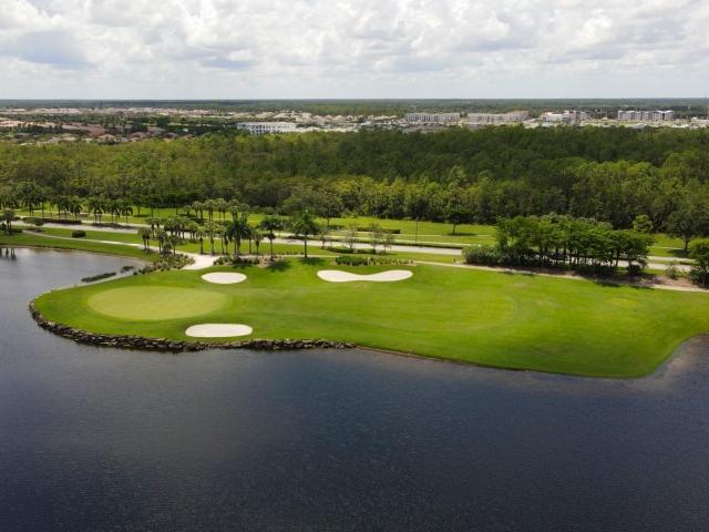The Quarry Community - Golf Course Hole #15