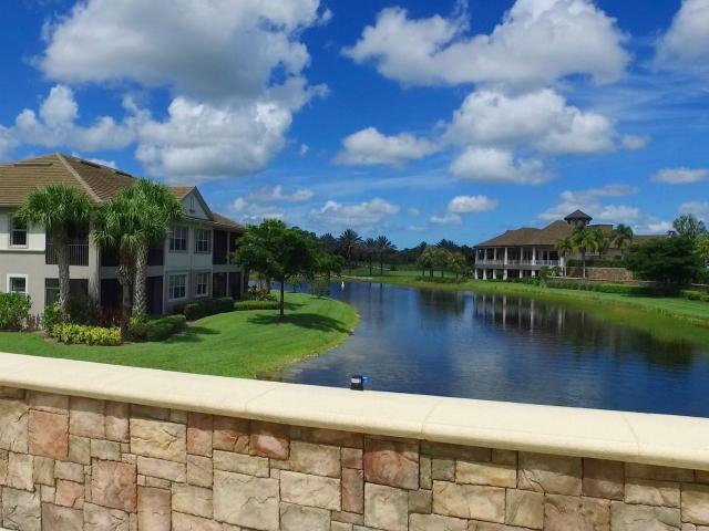 The Quarry Community - Golf Club Waterway